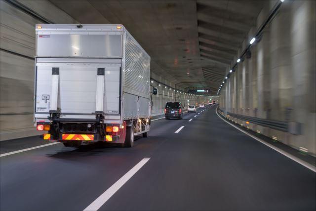 全国を駆け巡る!トラックドライバーの魅力
